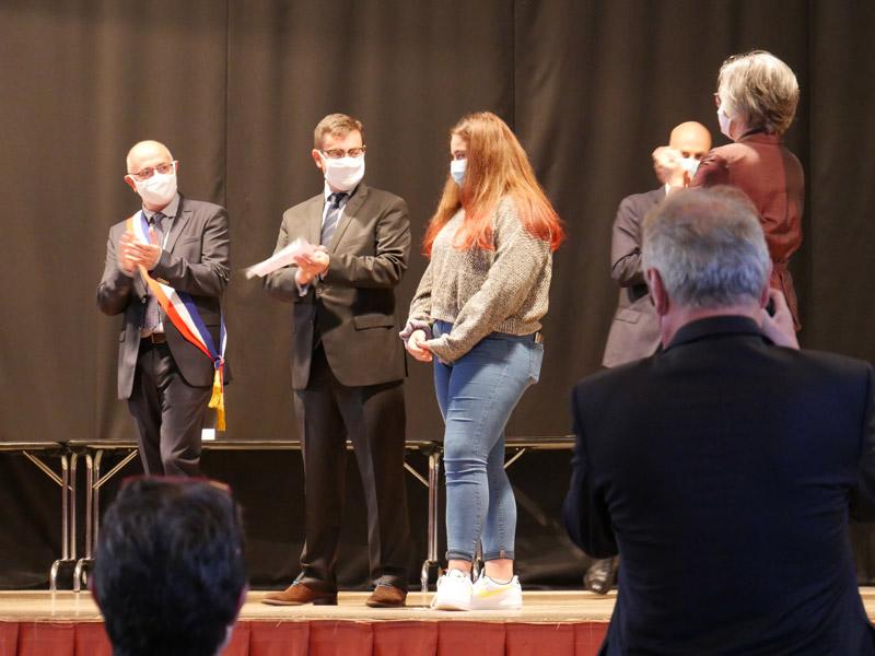 Photo de la remise des prix du Challenge des jeunes bénévoles 2020